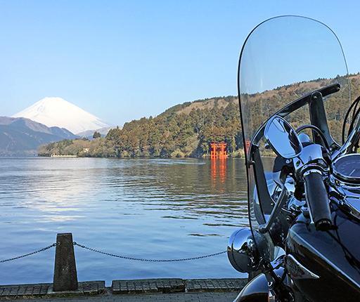Lake-Ashi-Fuji-Hakone, motorcycle road trip to Japan with Air Moto Tours